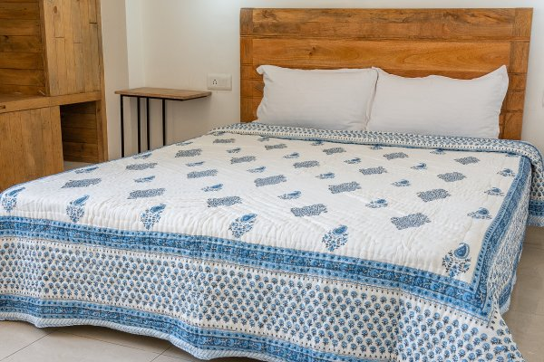 Hand Block Printed Cotton Quilt (Queen size) | Blue double Kary motif
