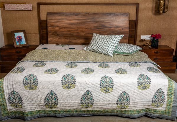 Hand Block Printed Cotton Quilt (Queen size) | Blue Juniper with Parrot