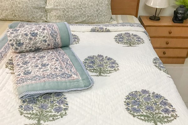 Hand Block Printed Cotton Quilt (Single) | Lavendar Blue floral bush